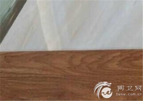 某客户:找如图木纹砖